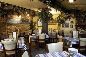 Vinny Vanucchi's Little Italy Restaurant