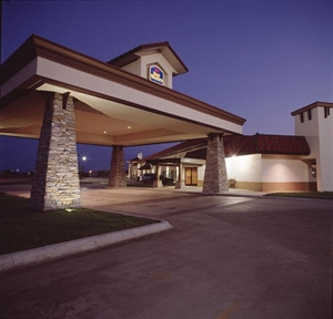 Best Western - Wichita North Hotel & Suites