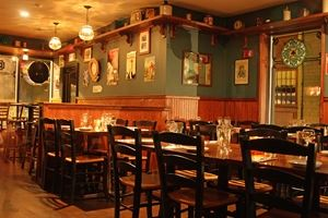 Buskers Irish Pub & Restaurant