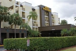 Best Western Plus - Deerfield Beach Hotel & Suites