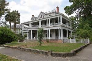 The Laurel Oak Inn