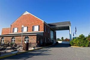 Best Western - Hendersonville Inn