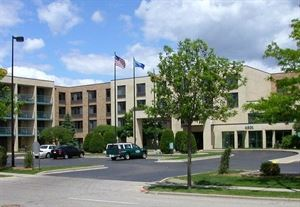 Best Western - East Towne Suites