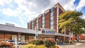 Best Western - Genetti Hotel & Conference Center