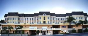 Best Western Plus - San Pedro Hotel & Suites