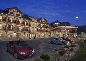 Best Western - Premier Ivy Inn & Suites