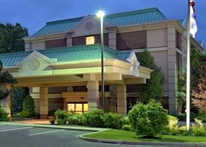 Hampton Inn Hartford/Airport