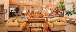 Buena Park Hotel & Suites