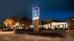 Best Western Plus - Richmond Inn & Suites-Baton Rouge