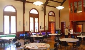 First Unitarian Church Of Oakland