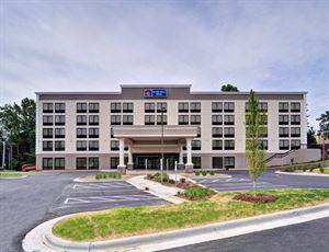 Best Western Plus - Hanes Mall Hotel