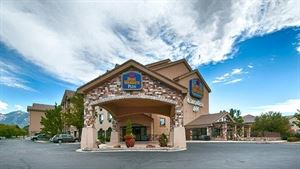 Best Western Plus - CottonTree Inn