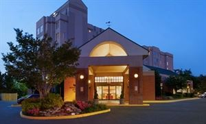 Homewood Suites by Hilton Falls Church - I-495 @ Rt. 50