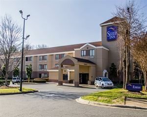Sleep Inn Airport - Billy Graham Parkway
