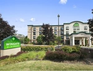 Wingate by Wyndham Schaumburg / Convention Center