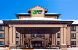 Holiday Inn Express & Suites Winner