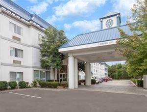 Baymont Inn & Suites Kodak Near Sevierville