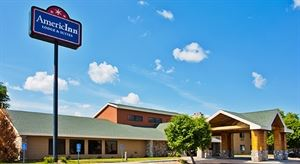 AmericInn Lodge & Suites Lincoln North