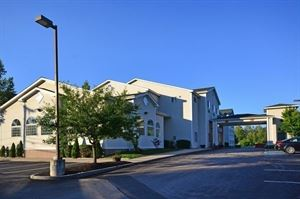 Best Western - Concord Inn & Suites