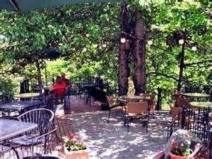 Eagle Creek Winery & Cottage