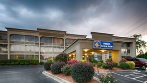 Best Western Plus - Sterling Hotel & Suites
