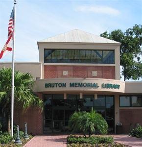 Bruton Memorial Library