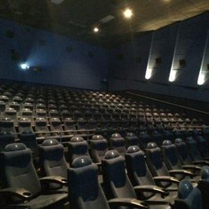 Pacific Theatres-Beach Cities 16 Cinemas