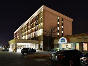 Best Western Plus - Toronto Airport Hotel