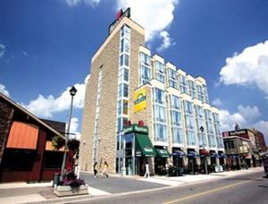 Days Inn - Niagara Falls Clifton Hill Casino