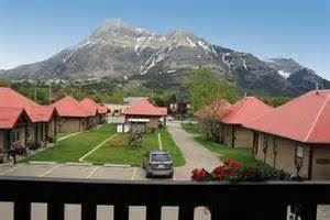 Aspen Village Inn
