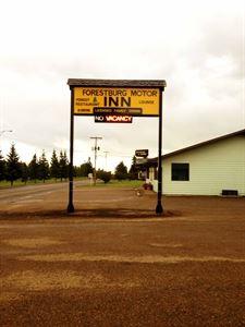 Forestburg Motor Inn