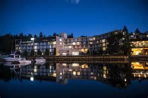 Oceanfront Suites At Cowichan Bay