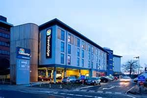 Travelodge Inn & Suites