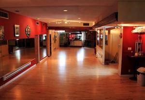 Studio 88 Swing