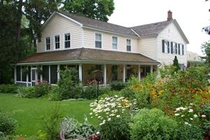 Royal Manor Bed & Breakfast