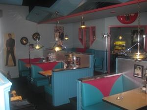 Melanie Pringles Restaurant