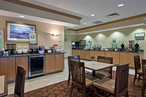 Country Inn & Suites By Carlson, Cincinnati Airport, KY
