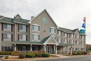 Country Inn & Suites By Carlson, West Bend, WI