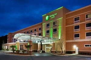 Holiday Inn Hotel & Suites Beaufort @ Highway 21