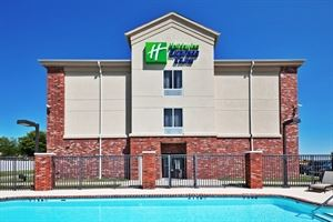 Holiday Inn Express & Suites Tulsa-Catoosa East I-44