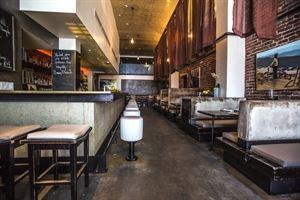 Nova Bar & Restaurant