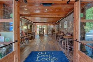 Old Creek Lodge Gatlinburg