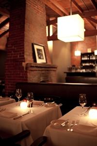 Luques Restaurant & Bar