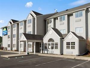 Days Inn & Suites Lafayette In