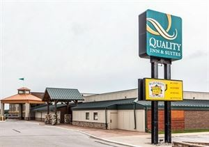 Quality Inn & Suites Starlite Village Conference Center