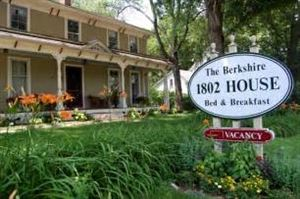 Berkshire 1802 House Bed And Breakfast