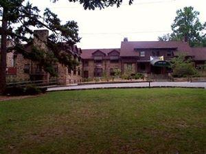 Dupont Lodge - Cumberland Falls State Resort Park