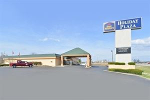 Best Western - Holiday Plaza