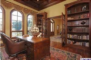 La Cañada Flintridge Library