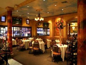 C'est La Vie Restaurant